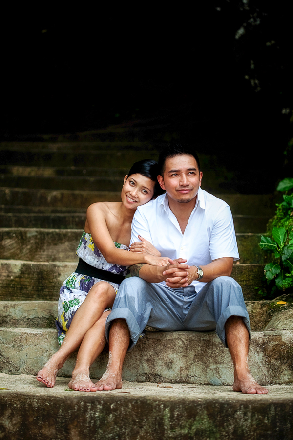 Bunn Salarzon - girl leans on guy sitting on stairs