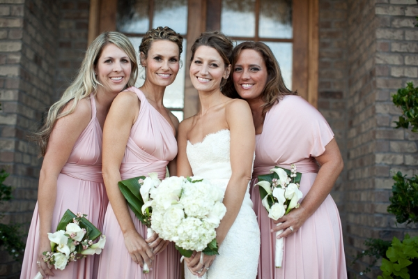 Bunn Salarzon - bride with bridesmaids in blush dresses