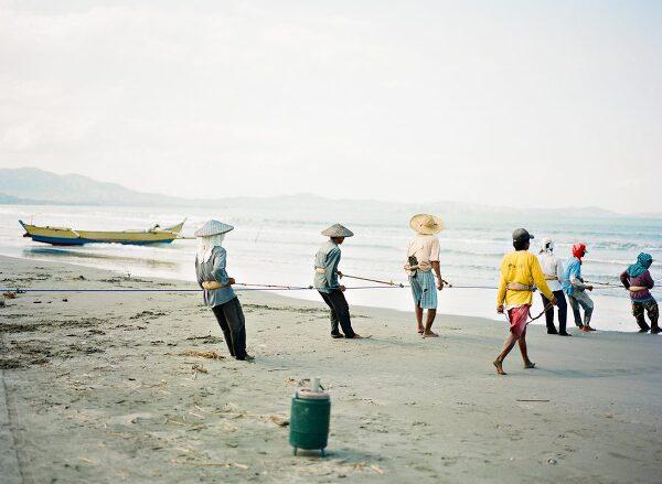 Bunn Salarzon - fishermen in the philippines