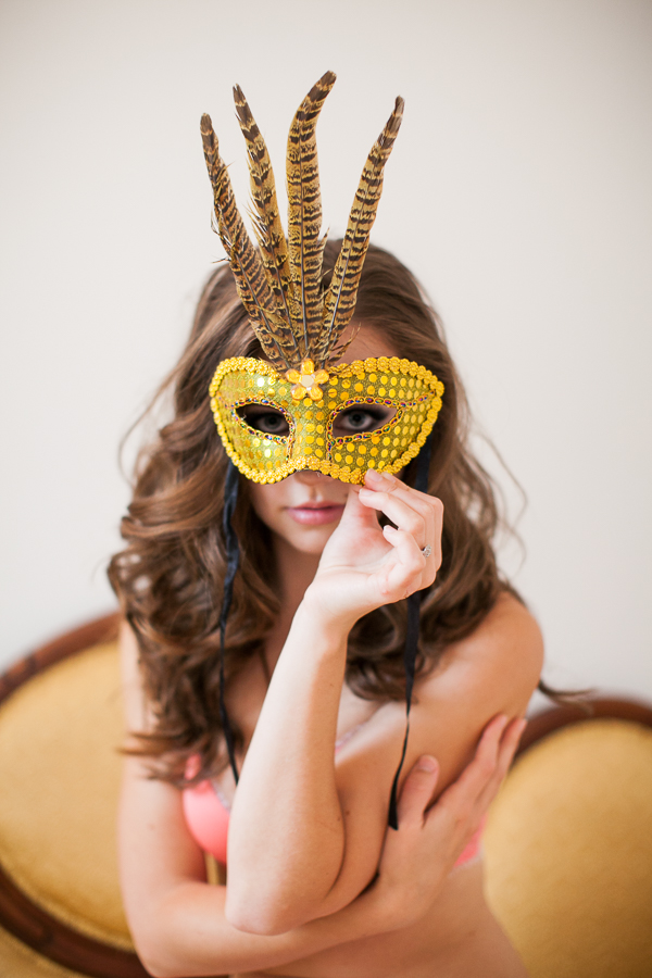 Bunn Salarzon - woman with gold mask at portland boudoir studio